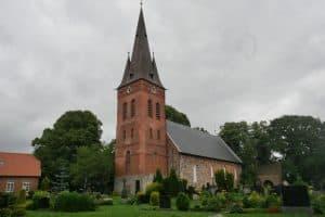 Ev.-luth. St. Martinskirche Remels, Foto: Karlheinz Krämer