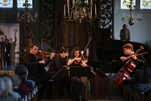 Das Mariani Klavierquartett als Gipfelstürmer beim Gezeitenkonzert in Timmel, Foto: Karlheinz Krämer