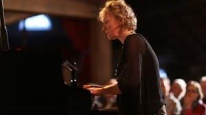 Julia Hülsmann beim Gezeitenkonzert in Aschendorf, Foto: Karlheinz Krämer