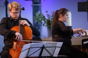 Julian Steckel und Lauma Skride beim Gezeitenkonzert in Bagband, Foto: Karlheinz Krämer