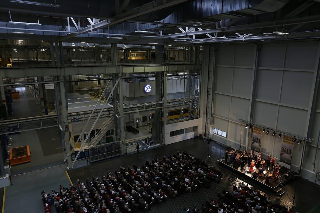 Auftakt der Gezeitenkonzerte im Presswerk, Volkswagen Werk Emden, Foto: Karlheinz Krämer