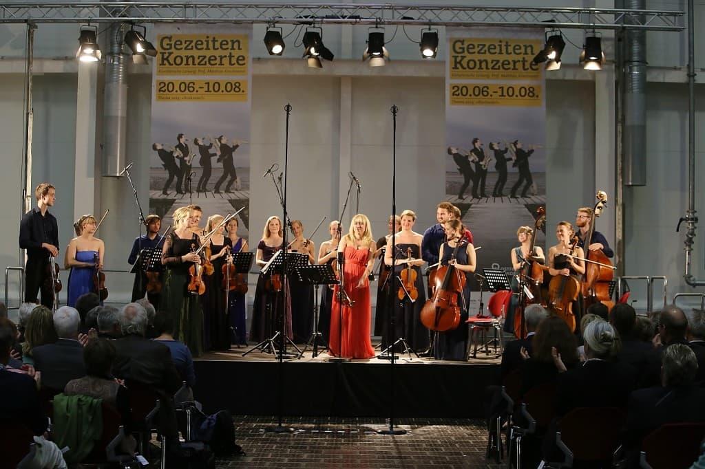 Tine Thing Helseth mit dem Ensemble Allegria kurz vor der Pause, Foto: Karlheinz Krämer