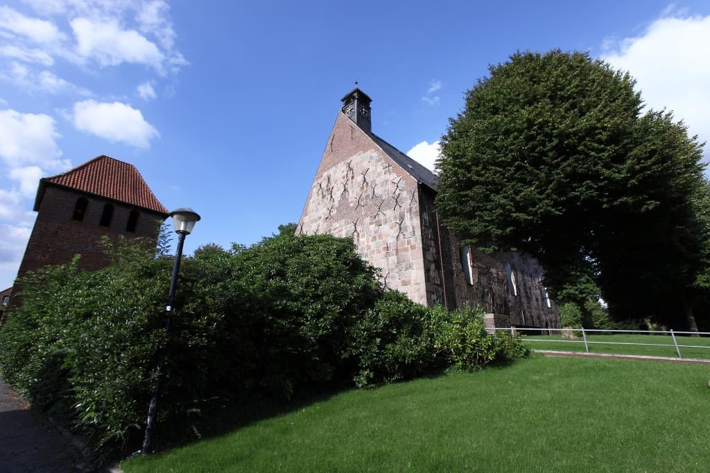 St.-Cosmas und Damian-Kirche Bockhorn, Foto: Karlheinz Krämer