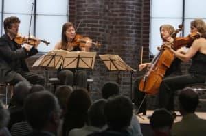 Das Tetzlaff Quartett beim Gezeitenkonzert in der Johannes a Lasco Bibliothek Emden, Foto: Karlheinz Krämer