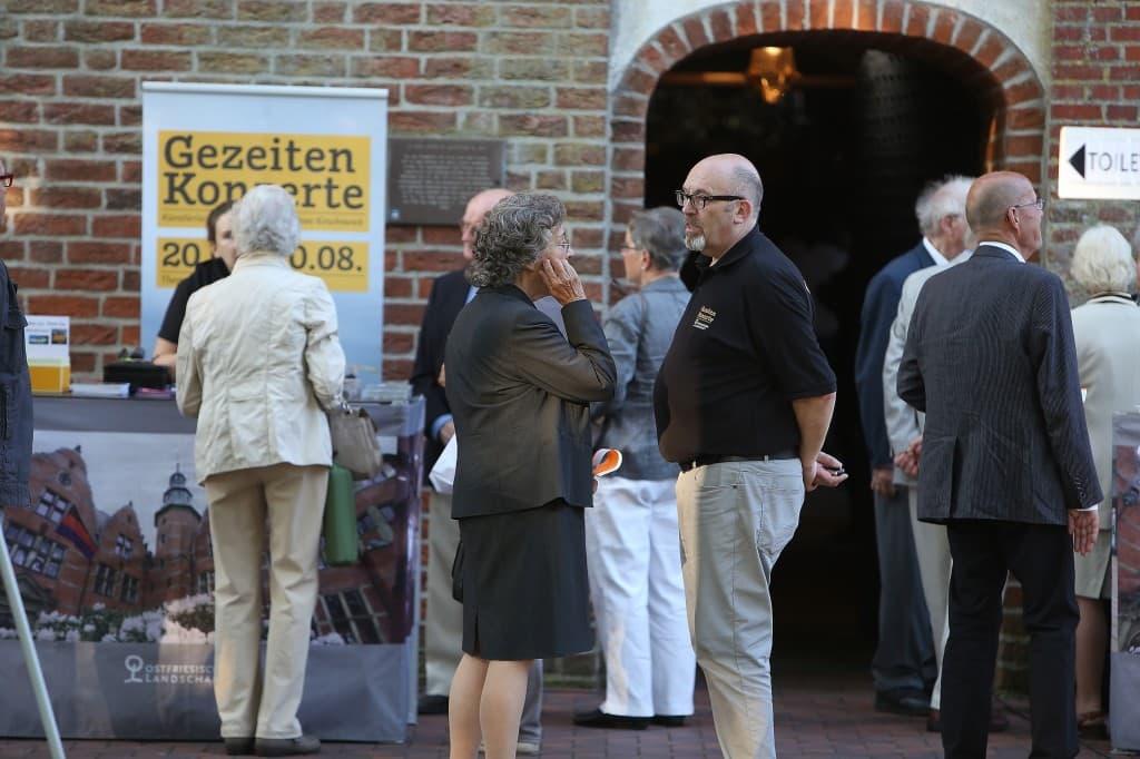 Publikum beim Gezeitenkonzert in Backemoor, Foto: Karlheinz Krämer