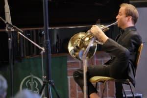 Hornist Felix Klieser, Foto: Karlheinz Krämer