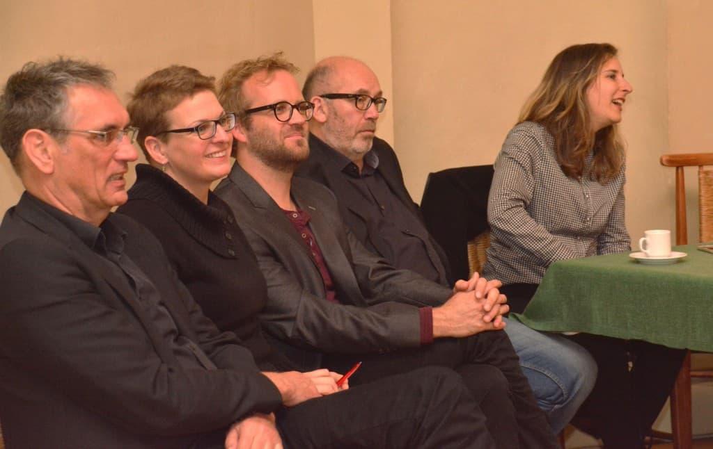 Auch das Team bekommt ein Dankeschön und lauscht aufmerksam, Foto: Reinhard Former