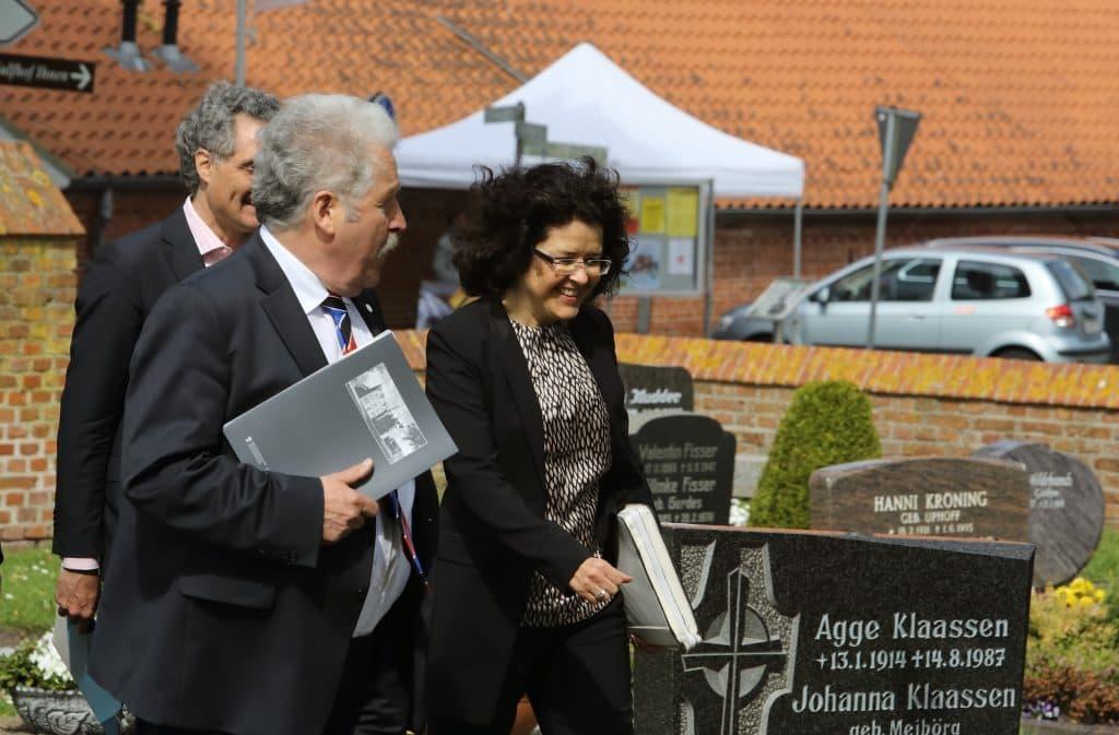 Landschaftspräsident Rico Mecklenburg und Ministerin Gabriele Heinen-Kljajić, Foto: Karlheinz Krämer