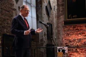 Begrüßung durch Ministerpräsident und Schirmherr der Gezeitenkonzerte Stephan Weil, Foto: Karlheinz Krämer