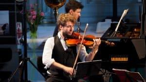 Matthias Well und Daniel Seng beim Gezeitenkonzert in Boekzetelerfehn
