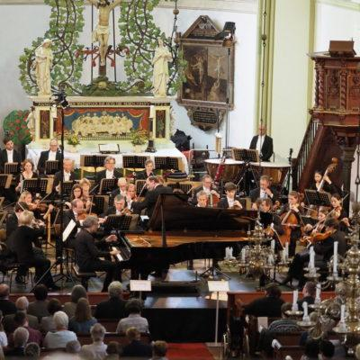 Auftaktkonzert: NDR Radiophilharmonie, Andrew Manze, Matthias Kirschnereit (Foto: Karlheinz Krämer)